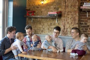 dads-at-the-pub