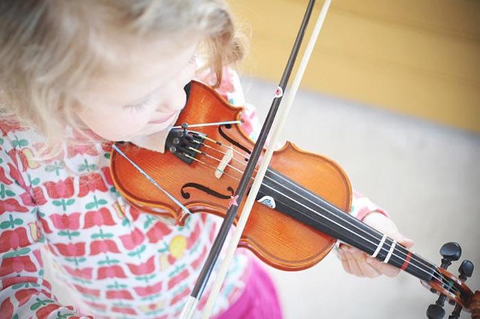violin-playing
