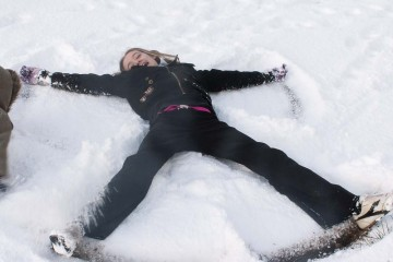snow-angel-christmas-snow