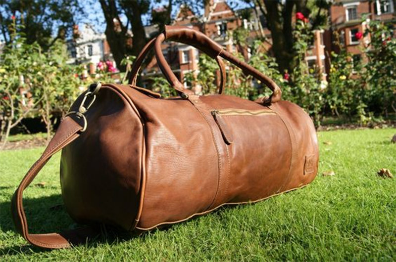 leather-holdall
