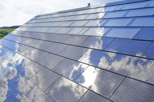 solar-powered-roof-house