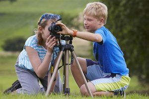 children-photography-tripod
