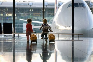 children-airport